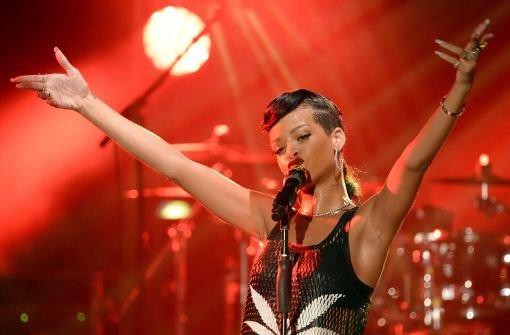 Rihanna stand im Berliner ewerk auf der Bühne. Foto: dpa-Zentralbild