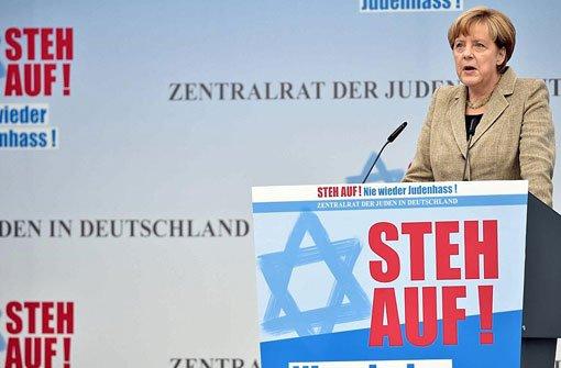 Merkel: Das jüdische Leben gehört zu uns