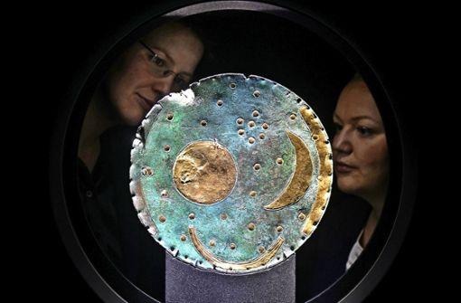 Himmelsscheibe gibt  Nachricht aus  Bronzezeit