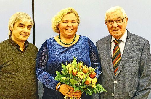 Sie haben die Ehrenmünzen der Stadt bekommen: Sebastiano Barresi, Christiane Schomburg und Gebhard Nanz Foto: Jürgen Brand