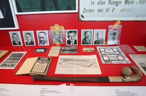Die Ausstellung zeigt auch die frühe Vereinsgeschichte ... Foto: imago sportfotodienst
