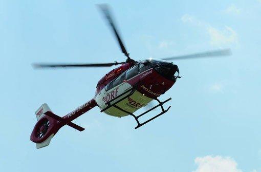 Mit einem Hubschrauber musste am Donnerstag ein schwer verletzter Zehnjähriger nach einem Unfall in Göppingen in eine Klinik geflogen werden (Symbolbild).  Foto: DRF Luftrettung