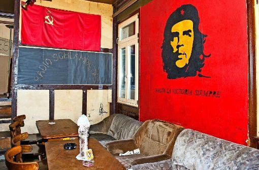 Hier wacht noch Che Guevara.  Foto: Lichtgut - Oliver Willikonsky