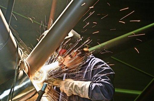 Viele Leiharbeiter profitieren nicht von geplanter Gesetzesänderung Foto: dpa