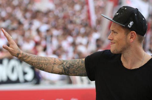 Auch am Samstag nur als Zuschauer im Stadion: der angeschlagene VfB-Stürmer Daniel Ginczek Foto: Getty