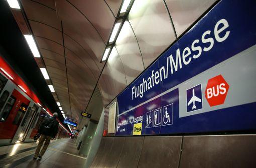 Jetzt hält die erste S-Bahn schon um 4.57 Uhr am Flughafen. Foto: Lichtgut/Leif Piechowski