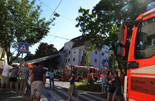 Am Sonntagnachmittag wurde die Feuerwehr zu einem Wohnungsbrand in Stuttgrat-Ost gerufen. Foto: Andreas Rosar Fotoagentur-Stuttgart