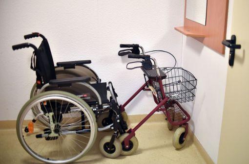 Querschnittsgelähmter kann dank Elektrodenimplantat wieder laufen