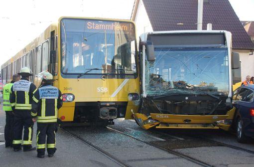 Ursache für Zusammenstoß zwischen Stadtbahn und Bus geklärt