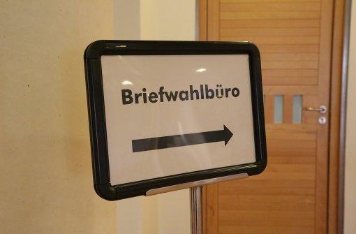 Im Fellbacher Rathaus laufen die Vorbereitungen für die OB-Wahl am Sonntag. Foto: Patricia Sigerist