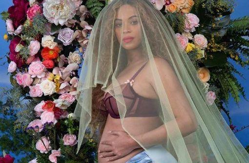 Beyoncé zeigt uns ihren Babybauch