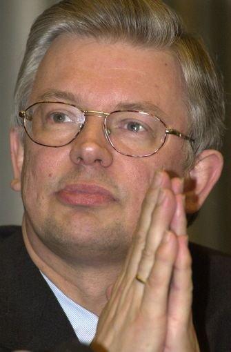 Roland koch hat genug von der politik stuttgarter for Koch politiker