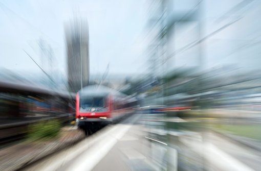 Lokführer nehmen Verhandlungsergebnis an