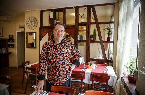 Tolis Cooking in Stuttgart – In dem griechischen Lokal Tolis Cooking an der Hohenheimer Straße kocht der Chef selbst – und das ist gut so. a href=http://www.stuttgarter-nachrichten.de/inhalt.restaurant-test-tolis-cooking-in-stuttgart-es-muss-nicht-immer-ouzo-sein.49a37443-af8e-4043-bd16-d3d72a3ce9dc.html target=_blankHier geht es zum Test/a. Foto: Lichtgut/Leif Piechowski