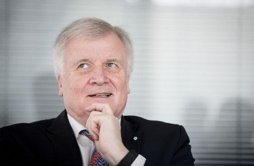 Seehofer lässt Klage Bayerns offen