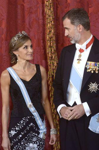 Strahlendes Königspaar: Letizia mit König Felipe VI. Foto: Getty Images Europe