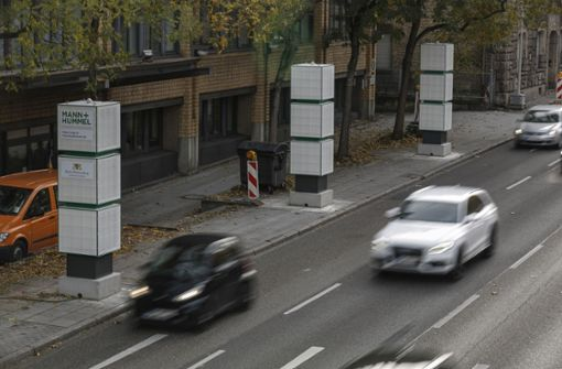 Neue Filtersäulen säubern Luft am Neckartor