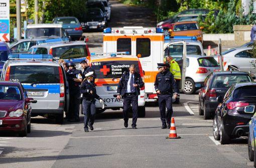 In Bad Cannstatt ist es am Donnerstagnachmittag zu einem Spezialkräfte-Einsatz gekommen. Foto: SDMG