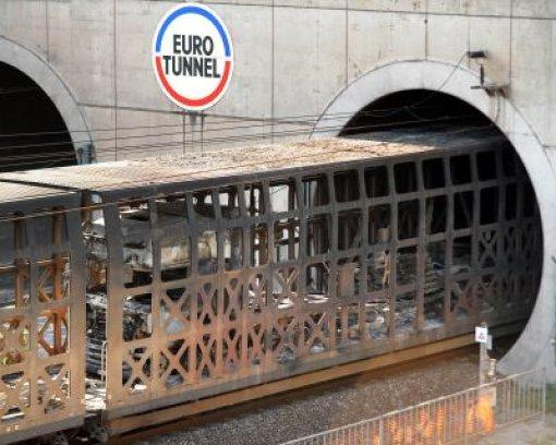 Züge bleiben in Eurotunnel stecken