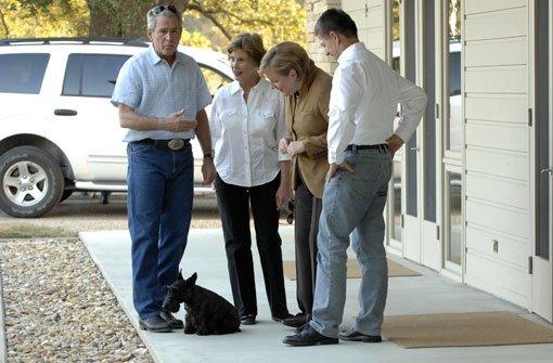 George W. Bush trauert um Miss Beazley