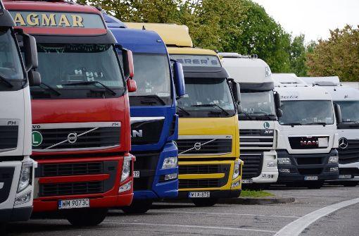 Speditionen fordern mehr Parkplätze für Lkw