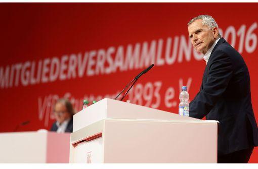 9.Oktober 2016:  Die Mitgliederversammlung wählt Wolfgang Dietrich zum VfB-Präsidenten Foto: Baumann