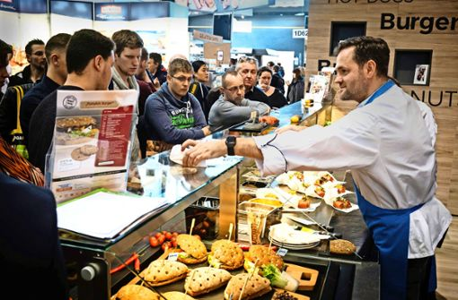 Grünkohl-Hanf-Burger aus der Tiefkühltruhe