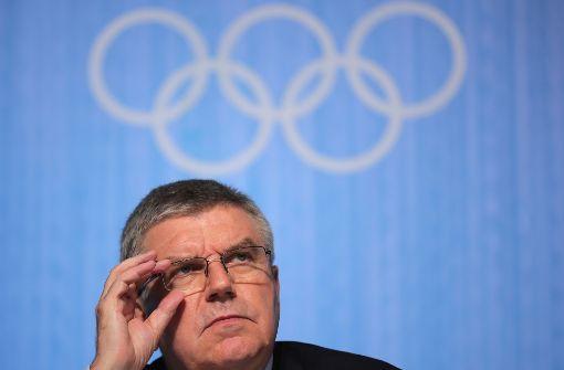 IOC-Präsident Thomas Bach: Ein Berg von Problemen beim Blick in die Zukunft Foto: dpa