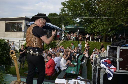 In Stuttgart geb er ein kostenloses Konzert,... Foto: Andreas Rosar Fotoagentur-Stuttg