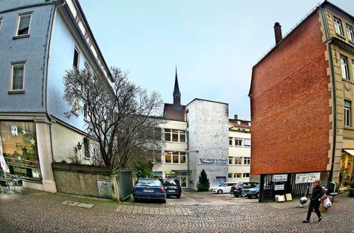 Das Grundstück an der Küferstraße, auf dem der Diakonieladen  steht, gehört demnächst der Stadt Esslingen. Foto: Horst Rudel