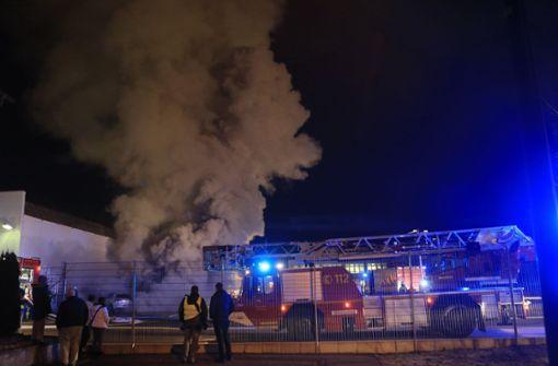 Großbrand in Heidenheimer Firma ist gelöscht