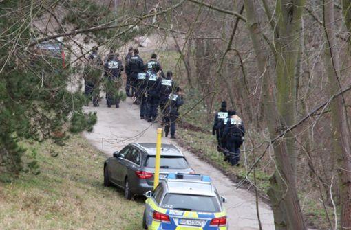 Polizeitaucher erneut auf Spurensuche
