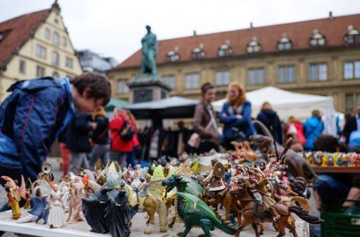 Großer Frühjahrsflohmarkt lockt Schnäppchenjäger
