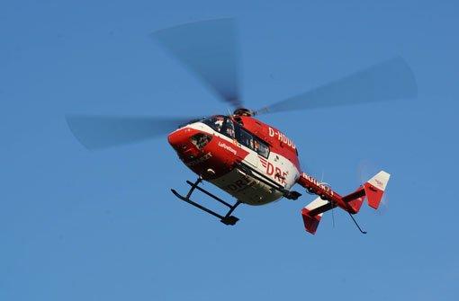 Eine 15-Jährige hat sich beim Selfie-Machen schwere Verletzungen zugezogen. (Symbolbild) Foto: DRF-Luftrettung
