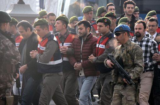 Staatsanwaltschaft fordert lebenslange Haft für 47 Verdächtige