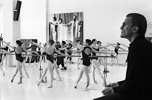 Reid Anderson im Jahr 1999 auf der Suche nach Talenten. Damals war der Kanadier gerade im dritten Jahr Intendant des Stuttgarter Balletts Foto: Susanne Kern