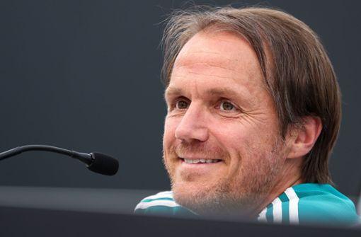 Ex-VfB-Trainer sorgt für Lacher bei DFB-Pressekonferenz