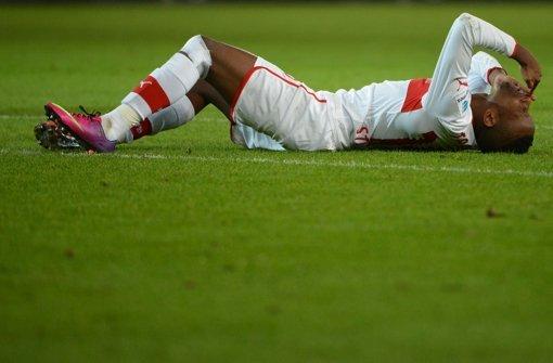 Der VfB Stuttgart verliert 2:0 gegen die Bayern und steht nun wieder gewaltig unter Druck. Klicken Sie sich durch unsere Noten für die Roten. Foto: dpa