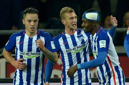 Kalou schießt Hertha mit Dreierpack auf Platz vier