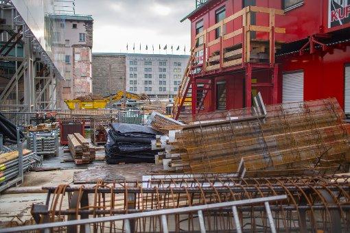 Seit Oktober 2012 halten wir die Baufortschritte am Stuttgarter Hauptbahnhof regelmäßig fest. Unsere Fotostrecke zeigt, wie sich die Baustelle seitdem verändert hat. Hier die neuesten Bilder - klicken Sie sich durch die Fotostrecke: Foto: www.7aktuell.de | Florian Gerlach (47 Fotos)