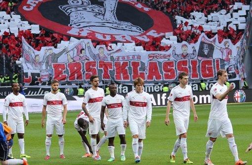 Der VfB leistete sich Nachlässigkeiten im Defensivbereich – klicken Sie sich durch unsere Noten für die Roten. Foto: Pressefoto Baumann