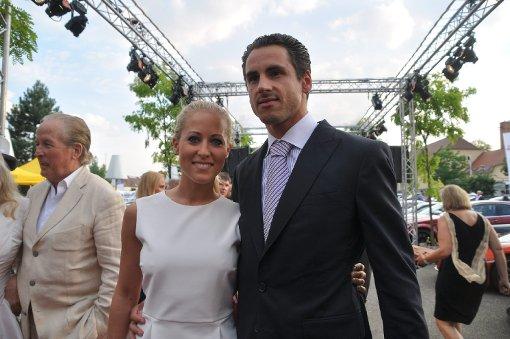 Formel-1-Fahrer Adrian Sutil mit Freundin Jennifer Becks Foto: Fotoagentur Stuttgart
