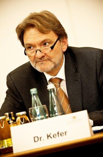 ...Technikvorstand Volker Kefer wollen das Projekt Stuttgart 21 straffen - was das für... Foto: PPfotodesign