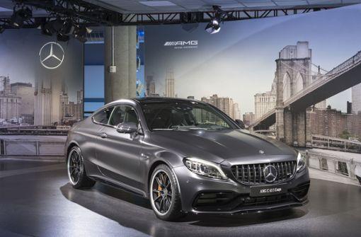 Die Kraftübertragung übernimmt das schaltende AMG Speedshift MCT 9G-Getriebe mit nasser Anfahrkupplung.  Foto: MediaPortal Daimler AG