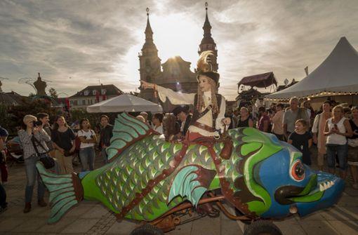 Fantastische Wesen gab es am Wochenende in der Ludwigsburger Innenstadt zu sehen.  Foto: factum/Weise
