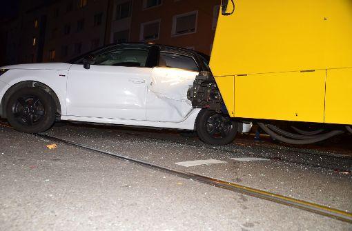 Stadtbahn-Unfall verursacht hohen Schaden