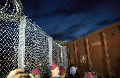 Ungarn schließt Zaun – es bleibt ruhig