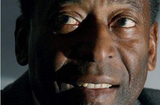 Pelé twittert Entwarnung