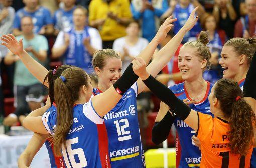 Stuttgarter Volleyballerinnen gewinnen gegen Suhl