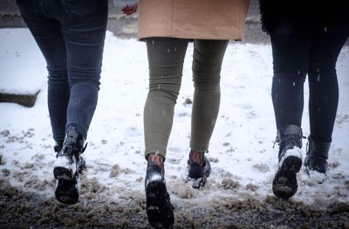 Winterkleidung bleibt wegen der Kälte gefragt